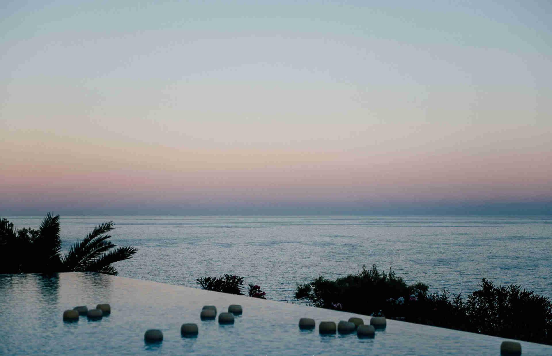 Villa Sitges Casa del Mar: pool view