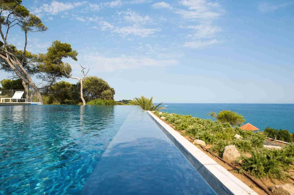 Villa Sitges Casa del Mar: infinity pool