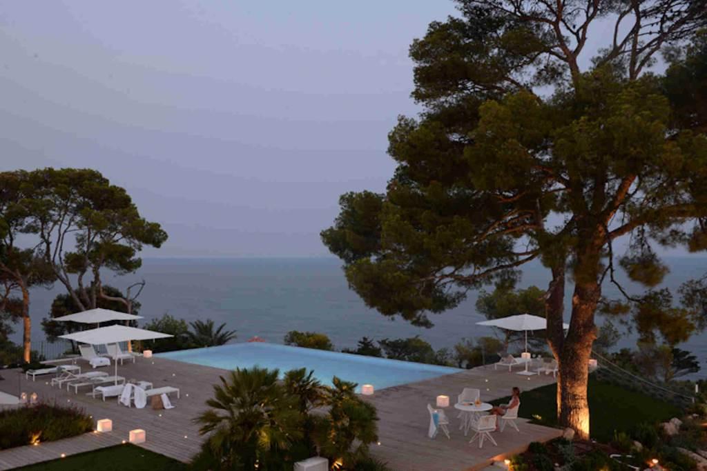 Villa Sitges Casa del Mar: garden