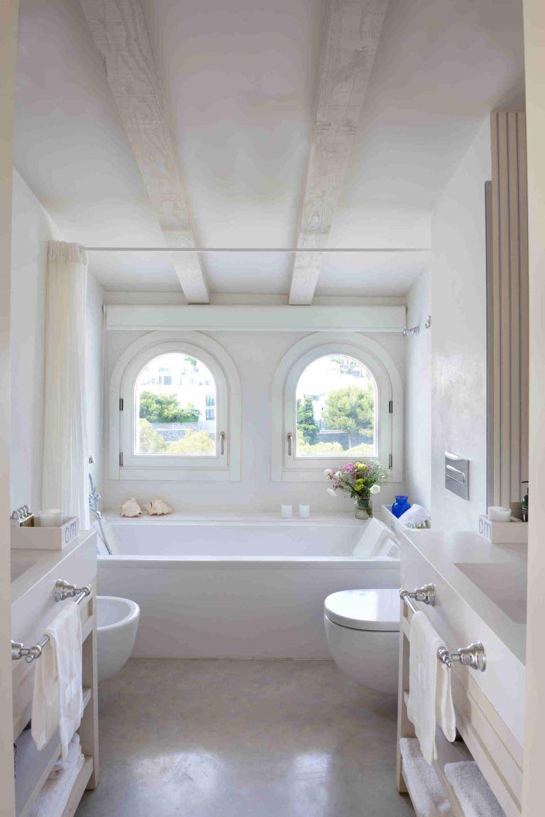 Villa Sitges Casa del Mar: bath